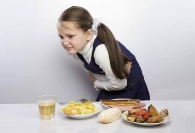 Moms, Kenali 10 Gejala Keracunan Makanan yang Harus Diwaspadai