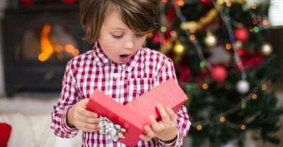 5 Tips Memilih Kado Natal Spesial Untuk Anak Laki-laki