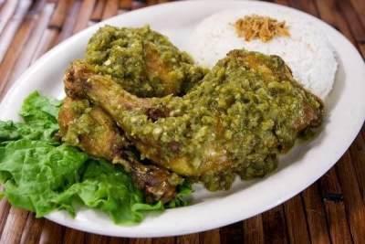 Resep Ayam Cabe Ijo Pedas Gurih yang Selalu Bikin Ketagihan