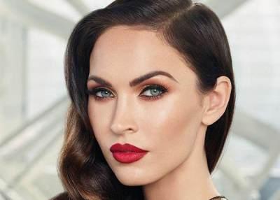 Tampil All Out Saat Natal, 4 Inspirasi Makeup Ini Bisa Jadi Referensi, Moms!
