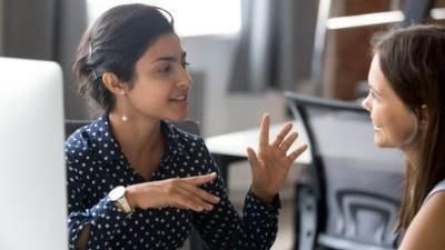 Membangun Komunikasi Baik dengan Rekan Kerja