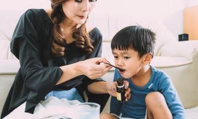 Mengatasi batuk rejan pada bayi dan anak-anak