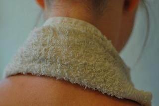 Jangan 'Dikretek'! Ini 5 Cara Tepat Mengatasi Pegal Leher