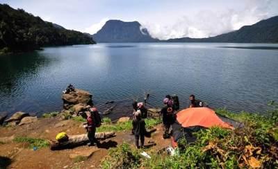 2. Danau Gunung Tujuh