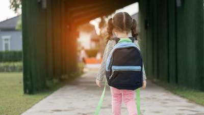 Miris! Anak 9 Tahun Ini Dipukul dan Dipaksa Ibunya Ngemis Untuk Bayar Arisan