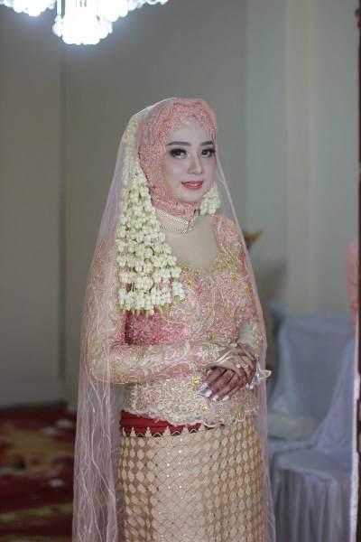 Viral! 7 Tahun Pacaran, Suami Wanita Ini Direbut Pelakor Usai Satu Bulan Menikah