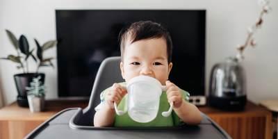 Aturan Memberi Air Putih Pada Anak