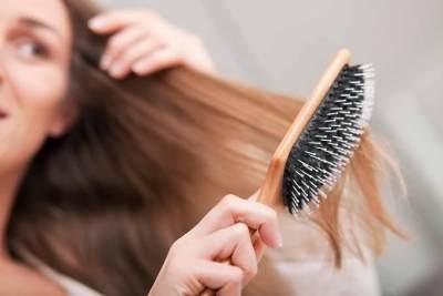 7. Tidak menyisir rambut sebelum keramas