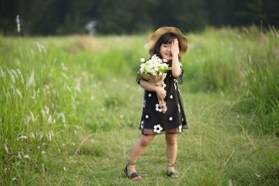 Liburan Seru Bareng Anak, Jangan Lupa Bawa Perlengkapan Ini, Moms