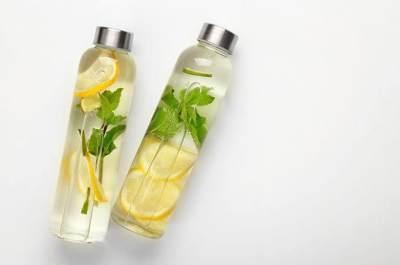 Bagus Untuk Diet, Ini Tips Membuat Infused Water Lemon Bebas Pahit