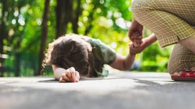 Hal yang Harus Dihindari Saat Anak Pingsan