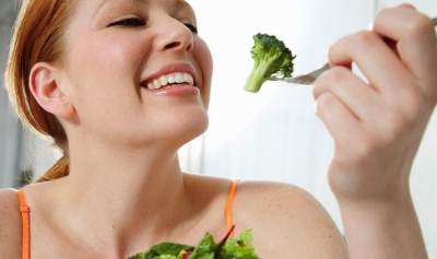 Gak Cuma Ubi, 5 Jenis Makanan Ini Juga Sebabkan Kentut Bau Busuk, Lho!