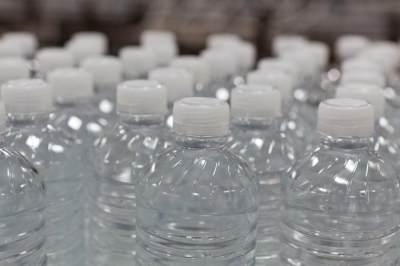 Air botolan memakai lebih banyak air dalam produksinya
