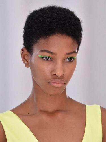 2. Neon Eyeliner