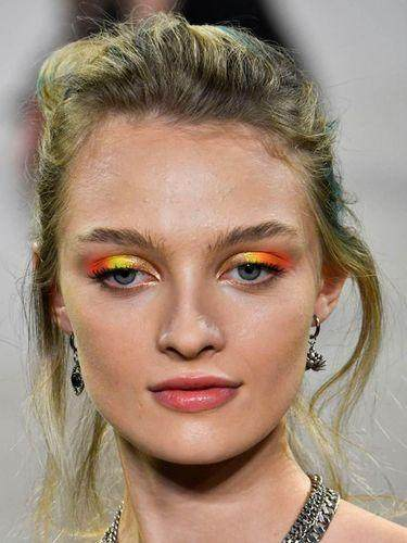 5. Color blocked eyeshadow
