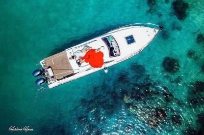 Terinspirasi Dongeng Putri Duyung, Ini 8 Foto Prewedding Boy William dan Karen di Bawah Laut