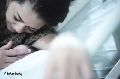 5. Momen melahirkan diabadikan