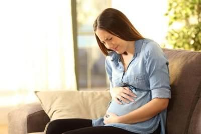 Normalkah Kontraksi Saat Hamil Muda? Yuk, Kenali Jenis dan Cara Mengatasinya