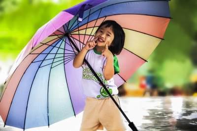 Moms, Waspada 6 Penyakit Ini Saat Musim Hujan dan Banjir