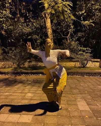 2. Penari Bali