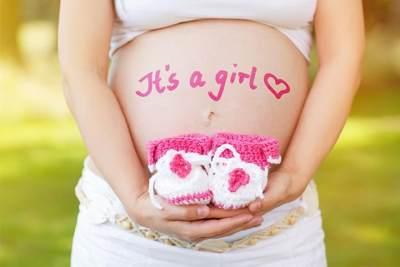 Kenali 6 Tanda Moms Hamil Anak Perempuan Saat Hamil Muda