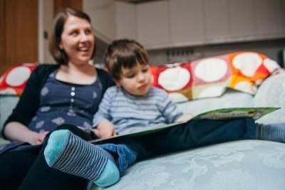 Lebih Fasih, Ini 6 Manfaat Mengajarkan Dua Bahasa Pada Anak Sejak Dini