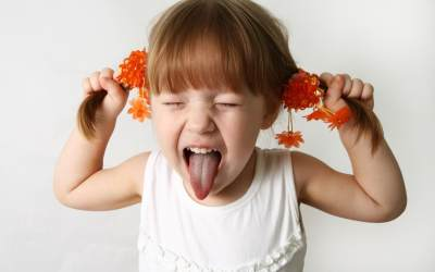 Kenapa Anak Jadi Manja? Yuk, Ketahui Penyebab dan Tips Mengatasinya!