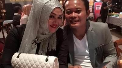 Kisah Cinta Sule dan Lina