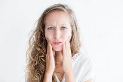 Populer Sebagai Obat Jerawat, Ketahui Manfaat dan Efek Samping Salicylic Acid