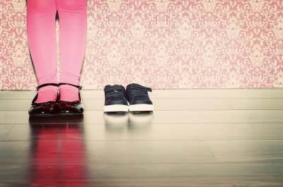 Kapan Sepatu Anak Harus Segera Diganti? Ini 5 Tandanya, Moms