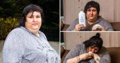 Duh, Wanita Ini Ketagihan Makan Bedak Bayi Selama 10 Tahun!