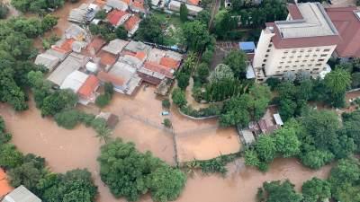 Waspada Banjir! Hujan Deras Akan Mengguyur Jabodetabek Tanggal 9-12 Januari