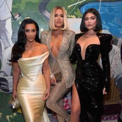 5 Gaya Hidup Sehat Kourtney Kardashian yang Bisa Moms Tiru