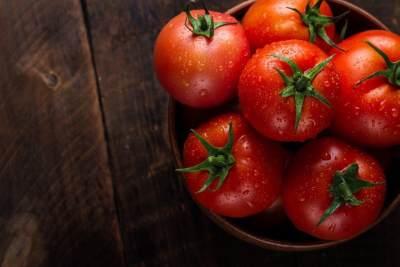 3. Tomat