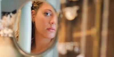 5 Cara Mengatasi Wajah Bengkak Saat Hamil, Apa Aja Sih Penyebabnya?