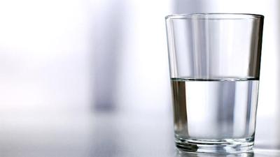 Konsumsi Banyak Air Putih