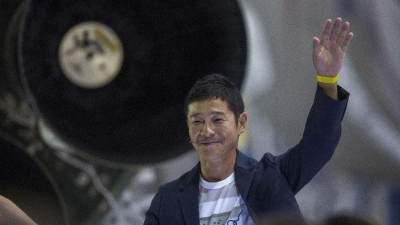Miliader Jepang ini Cari Kekasih Untuk Diajak Ke Bulan, Tertarik Mencoba?
