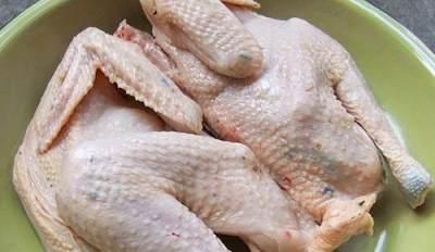 5 Tips Mengolah Daging Ayam Kampung Agar Empuk dan Tak Alot
