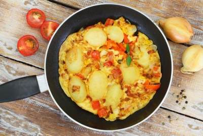 Resep Omelet Jagung Kentang, Simpel dan Praktis Untuk Sarapan Nih, Moms!