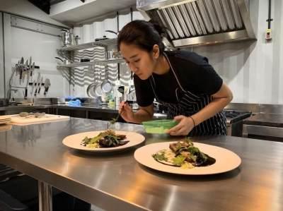 3. Dapur professional