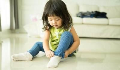 Tips Anak Mandiri, Ajarkan 6 Keterampilan Dasar Ini Sejak Dini, Moms