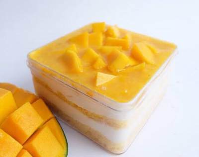 Buah Dessert Box