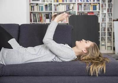 Waspada! 6 Penyakit Ini Mengintai Kaum Rebahan yang Malas Gerak