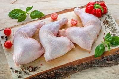 Perhatikan Warna dan Tekstur Kulit Ayam