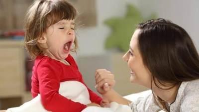 5 Tips Mudah Bangunkan Anak Saat Sahur Tanpa Rewel