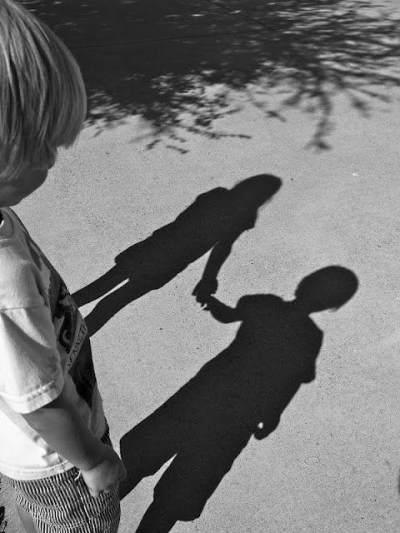 Alasan Mengapa Anak Bisa Melihat Makhluk Halus