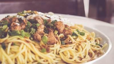 Lezat Menggiurkan, 7 Makanan Ini Malah Bikin Tambah Lapar!
