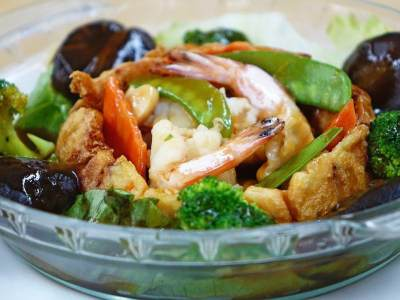 7. Makanan China