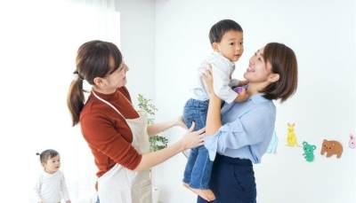 Perhatikan 4 Hal Ini Jika Mom Menggunakan Pengasuh Saat Pandemi COVID-19