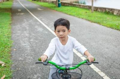 Rekomendasi 5 Merek Sepeda Kualitas Bagus untuk Anak Usia 2-6 Tahun